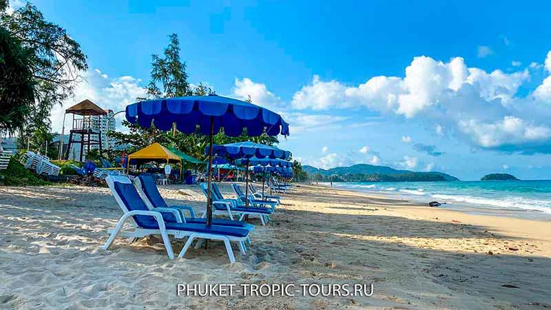 Пляж Карон на Пхукете - фото 2 лежаки